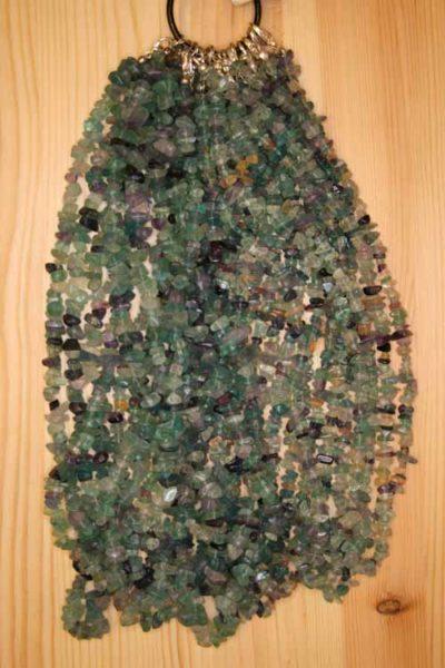 Fluoritt  mangefarget steinkjeder 45cm med lås