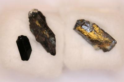 Neptunitt krystall