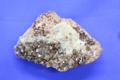 Vanadinitt 210g 6.5x9cm  fra Mibladen Midelt i Marokko