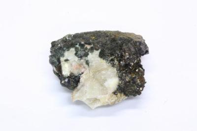 Babingtonitt 10g 2x3cm fra Bråstad gruve på Stoa i Arendal Norge