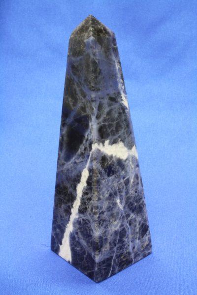 Sodalitt C obelisk 185g 118mm høy