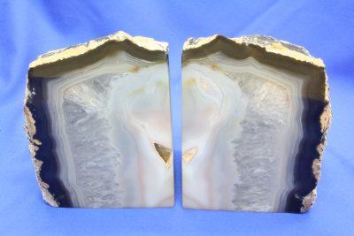Agat naturlig farge bokstøtter 2.9kg 12.5cm høy, pris er for paret.
