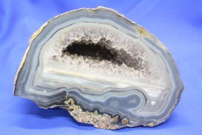 Agat geode naturlig farge, 1.9kg 11x16cm