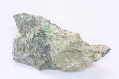 Smaragd krystaller på moderstein 110g 4x8cm fra Byrud gruver på Eidsvoll Norge