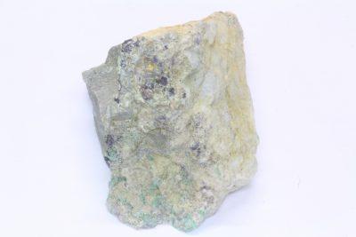Smaragd krystaller på moderstein 175g 5x6cm fra Byrud gruver på Eidsvoll Norge