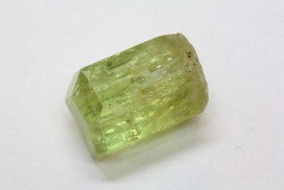 Apatitt gul krystall 8.02ct 8x12mm fra Imichill i Marokko