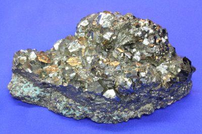 Pyritt gruppe 1.54kg 10x15cm fra Huanzala Mine i Peru